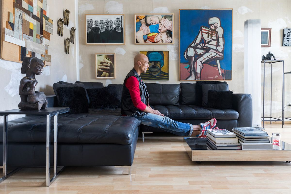 A Private Collector Finding a Niche away from Traditional Philanthropy