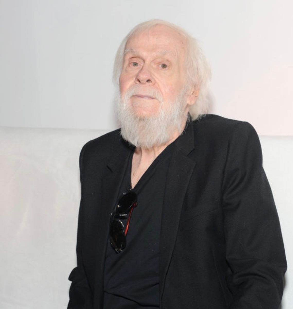 John Baldessari, the Wry Teacher Who Became a Path-Breaking Pioneer of Conceptual Art, Has Died at 88