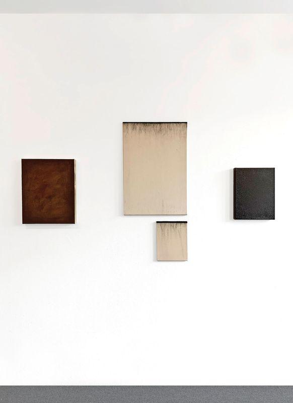 MNMLSM II (Group Exhibition), Galerie Biesenbach (8 of 15)