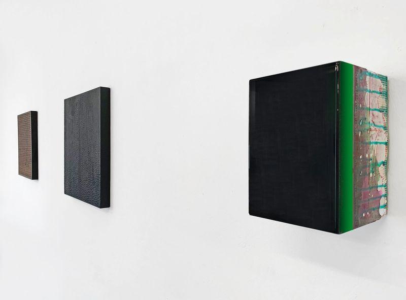 MNMLSM II (Group Exhibition), Galerie Biesenbach (5 of 15)