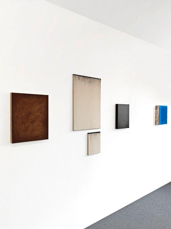 MNMLSM II (Group Exhibition), Galerie Biesenbach (9 of 15)