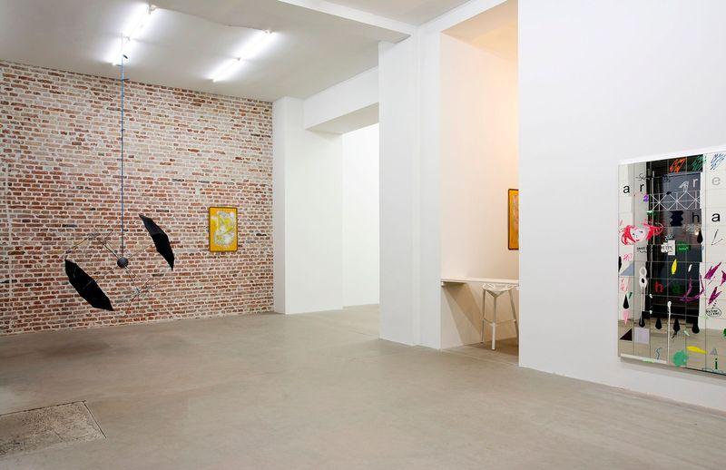 SIBYLLE JAZRA, LUKAS GLINKOWSKI — NOT SO A WHITE CUBE #2 (Group Exhibition), LAGE EGAL (6 of 6)