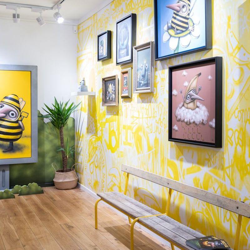 Happy Gallery